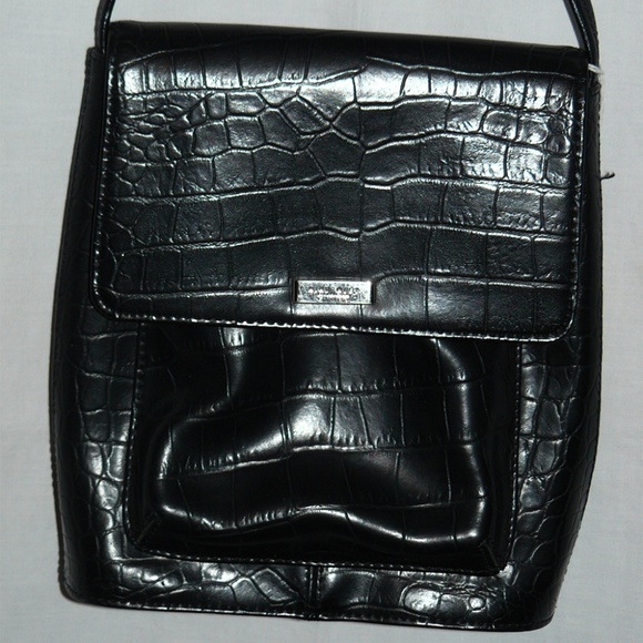 Nine West Handbags - Nine West Black Faux Crocodile Cross-Body Purse